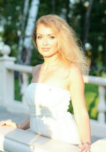 Rencontrez Larisa, photo de belle femme mature ukrainienne