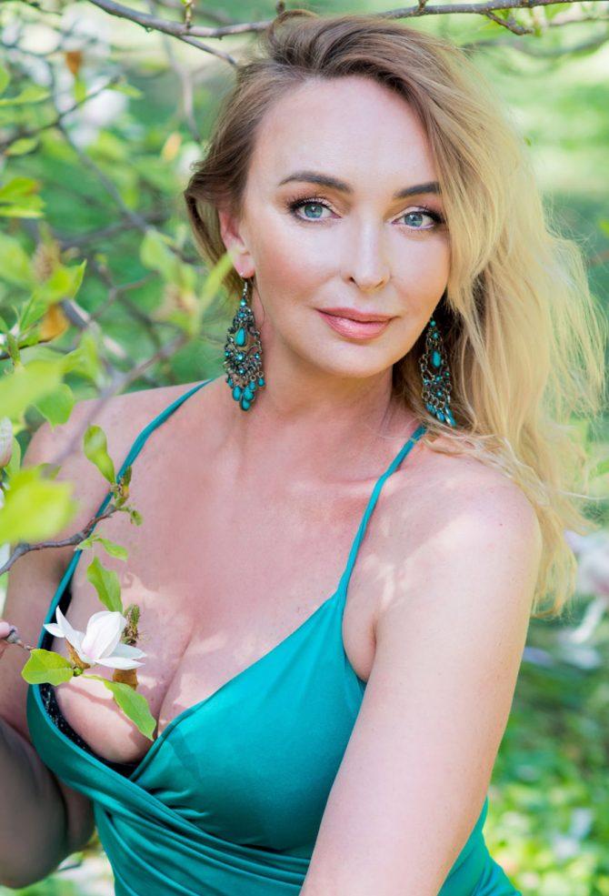 Viktoria   Femme ukrainienne   agence matrimoniale   Au Cœur de l'Est