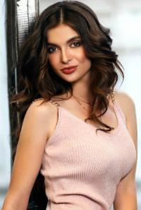 Alla | Femme ukrainienne | agence matrimoniale | Au Cœur de l'Est