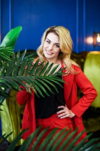 Rencontre avec Yulia, photo de belle femme mature russe