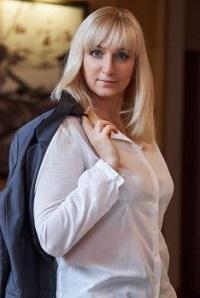 Meet Elena, photo of beautiful mature Ukrainian woman