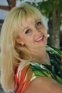 Valentina | Femme ukrainienne | agence matrimoniale | Au Cœur de l'Est