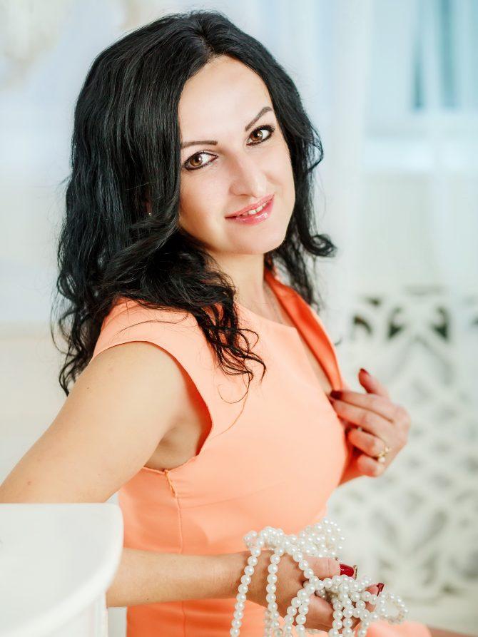 Lidia | Femme ukrainienne | agence matrimoniale | Au Cœur de l'Est