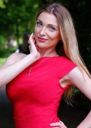 Marina   Femme ukrainienne   agence matrimoniale   Au Cœur de l'Est