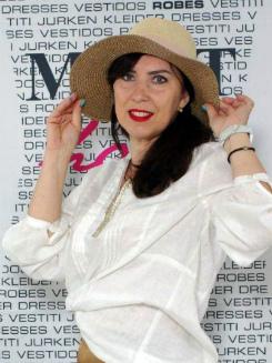 Rencontre avec Larisa, photo de belle femme mature russe