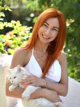 Lyudmila | Femme ukrainienne | agence matrimoniale | Au Cœur de l'Est
