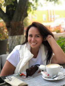Rencontre avec Lyudmila, photo de belle femme ukrainienne