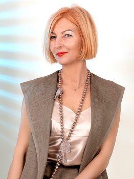 Rencontre avec Viktoriya, photo de belle femme mature russe