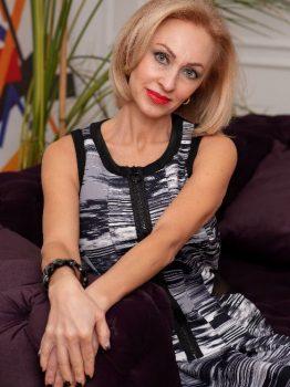 Rencontre avec Angéla, photo de belle femme mature ukrainienne