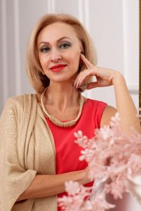 Meet Angela, photo of beautiful mature Russian woman