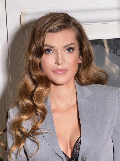 Meet Oksana, photo of beautiful mature Russian woman