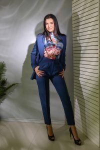 Meet Elena, Russian dating site photo