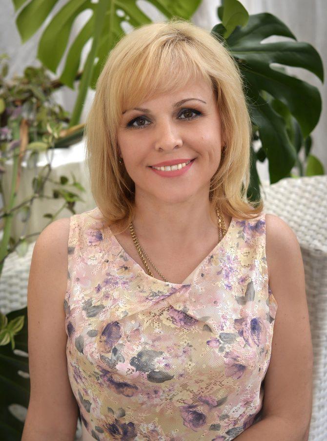 Elena   Femme ukrainienne   agence matrimoniale   Au Cœur de l'Est