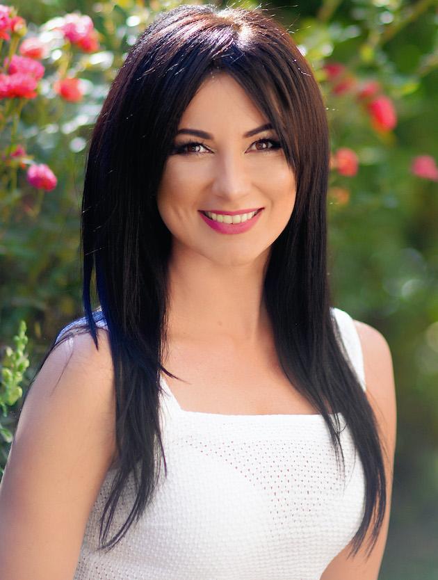 Veronica | Femme ukrainienne | agence matrimoniale | Au Cœur de l'Est